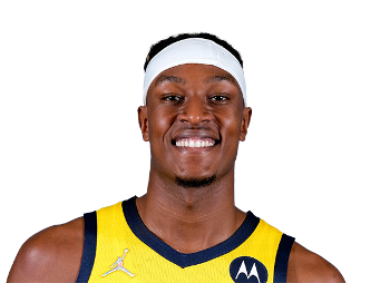 Portrait Myles Turner