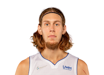 Portrait Kelly Olynyk